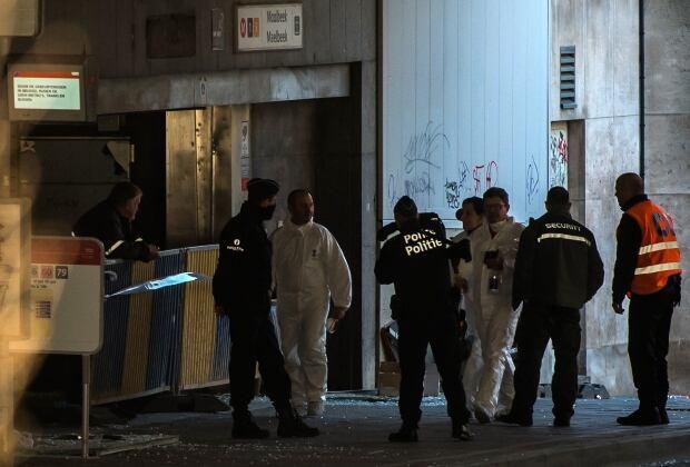 Brussels Maelbeek metro forensic police
