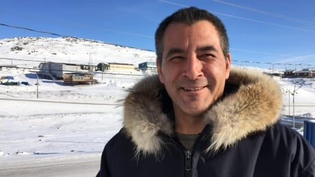 Former Liberal minister Hunter Tootoo finishes addiction treatment