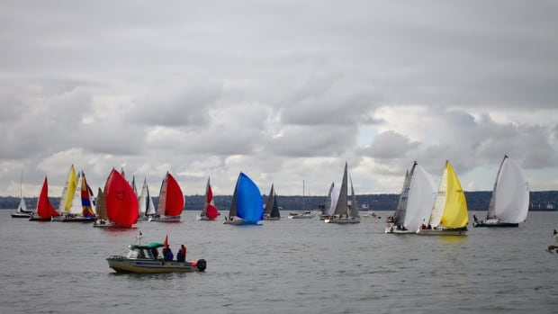 At the Southern Straits start line, many of the yachts have their spinnakers deployed with a bit of a tailwind.