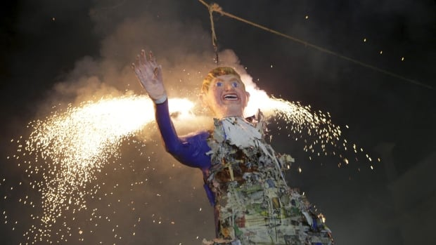 Mexicans burn an effigy of U.S. Republican presidential hopeful Donald Trump as they celebrate an Easter ritual late on Saturday in Mexico City's La Merced neighbourhood.
