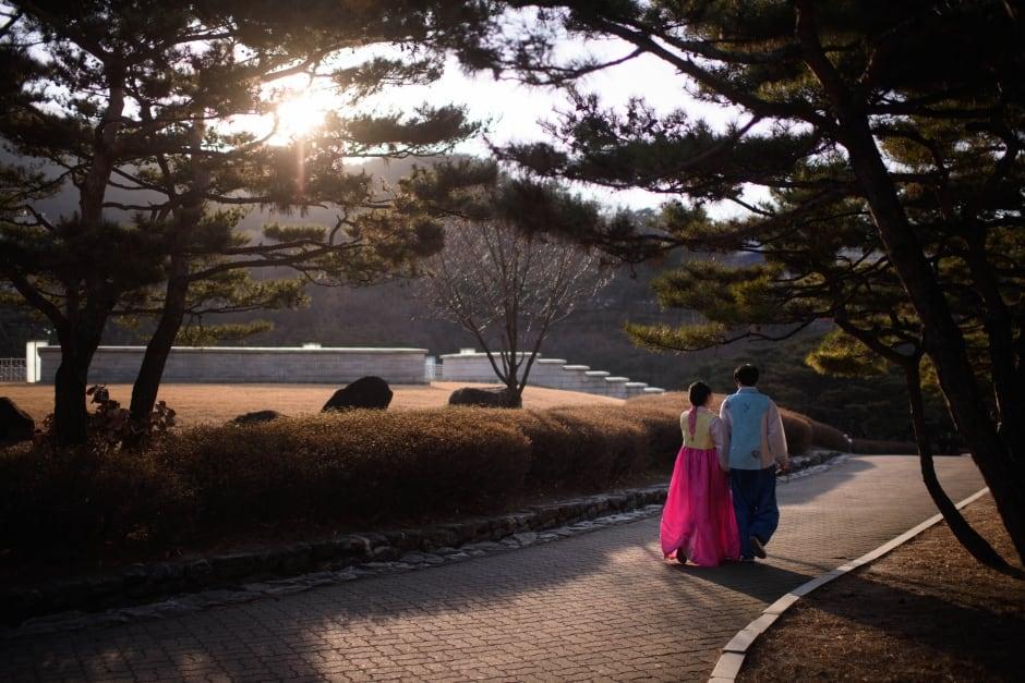 South Korea Hanbok dress resurgence Feb 2016