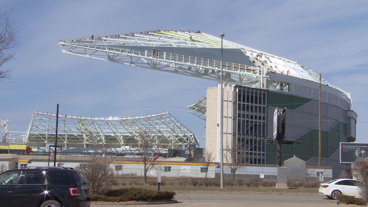 Stadium Roof Taking Shape In Regina