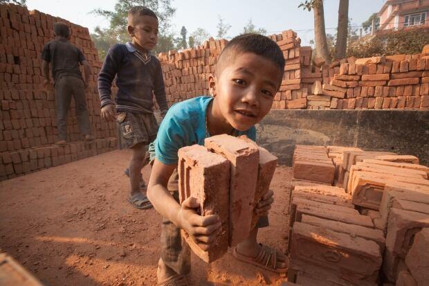 Nepal kids/C14-1.jpg