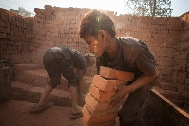 Nepal kids/C16-1.jpg