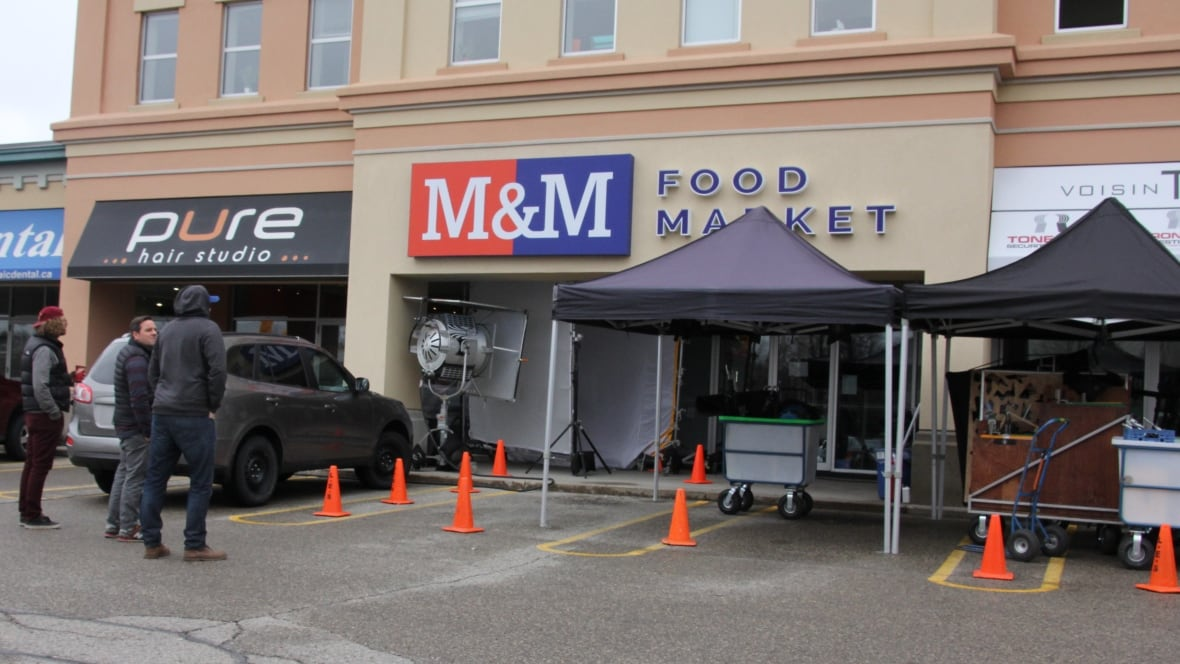 store kitchener m m food market shoots new commercial at kitchener store