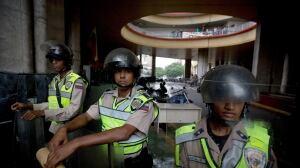 Venezuela Protests outside electoral council bldg April 21 2016