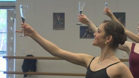 Ballet dancer Lucila Munaretto returns to stage after horrific accident