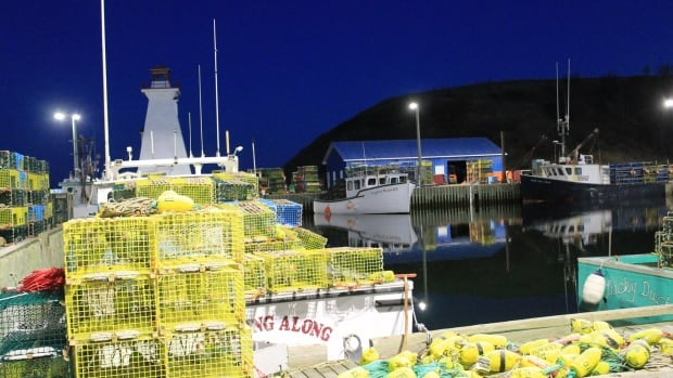 lobster fishing mabou ns setting day