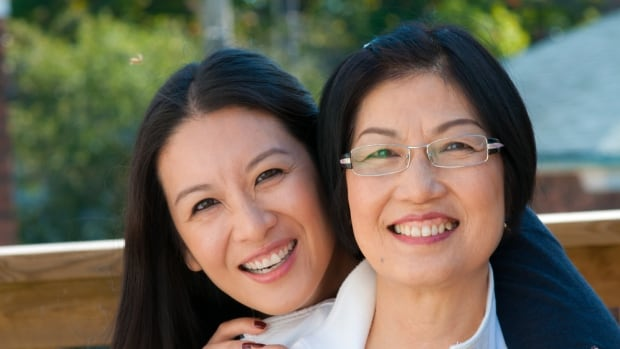 Elaine Lui (left) and her mother, Judy Yeung