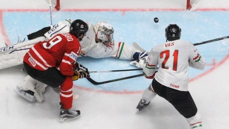 Worlds: Team Canada Rolls Over Hungary