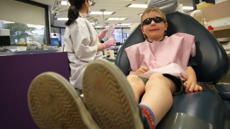 'Tooth Trolley' delivers 200+ Vancouver kids to dentist