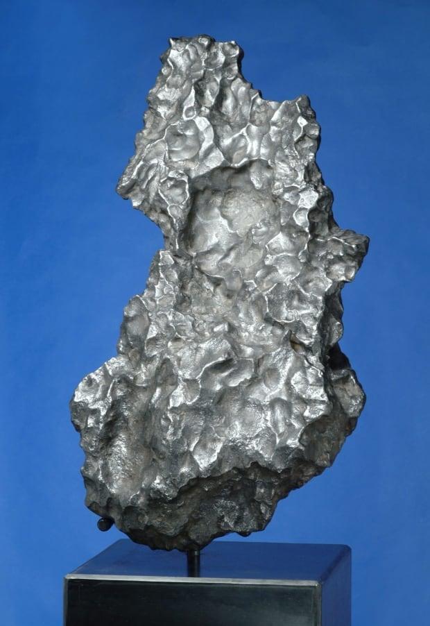 king tut u2019s dagger blade made from meteorite confirmed