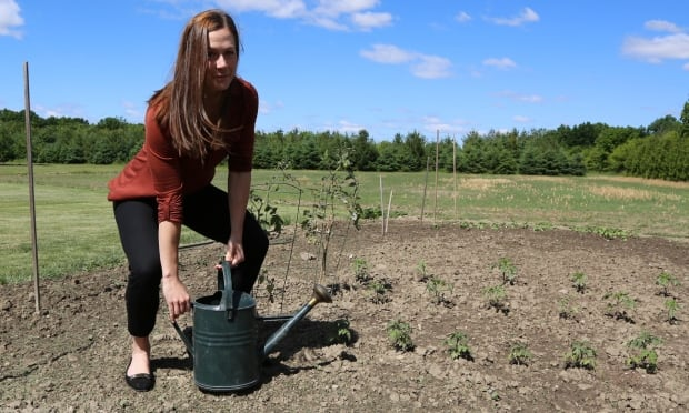 Avoid gardening aches and pains with these easy steps for Canadian gardening tips