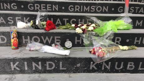 gordie howe memorial