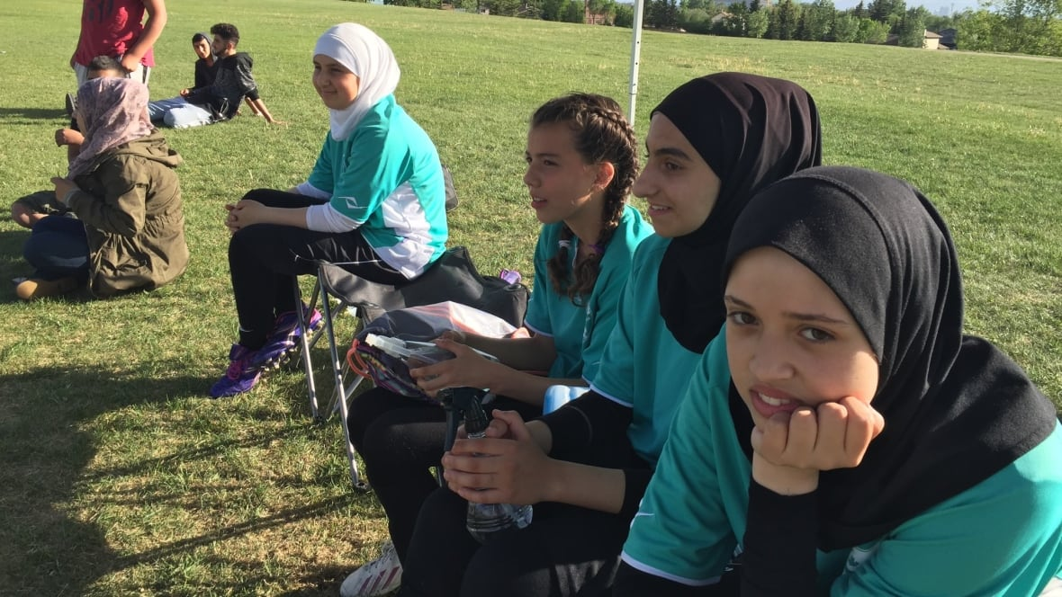 hurlburt field single muslim girls Wwwhurlburtafmil babies girls skylar page welch was born dec 5 to tech sgt mark single parents hurlburt field's commando noncommissioned officers.