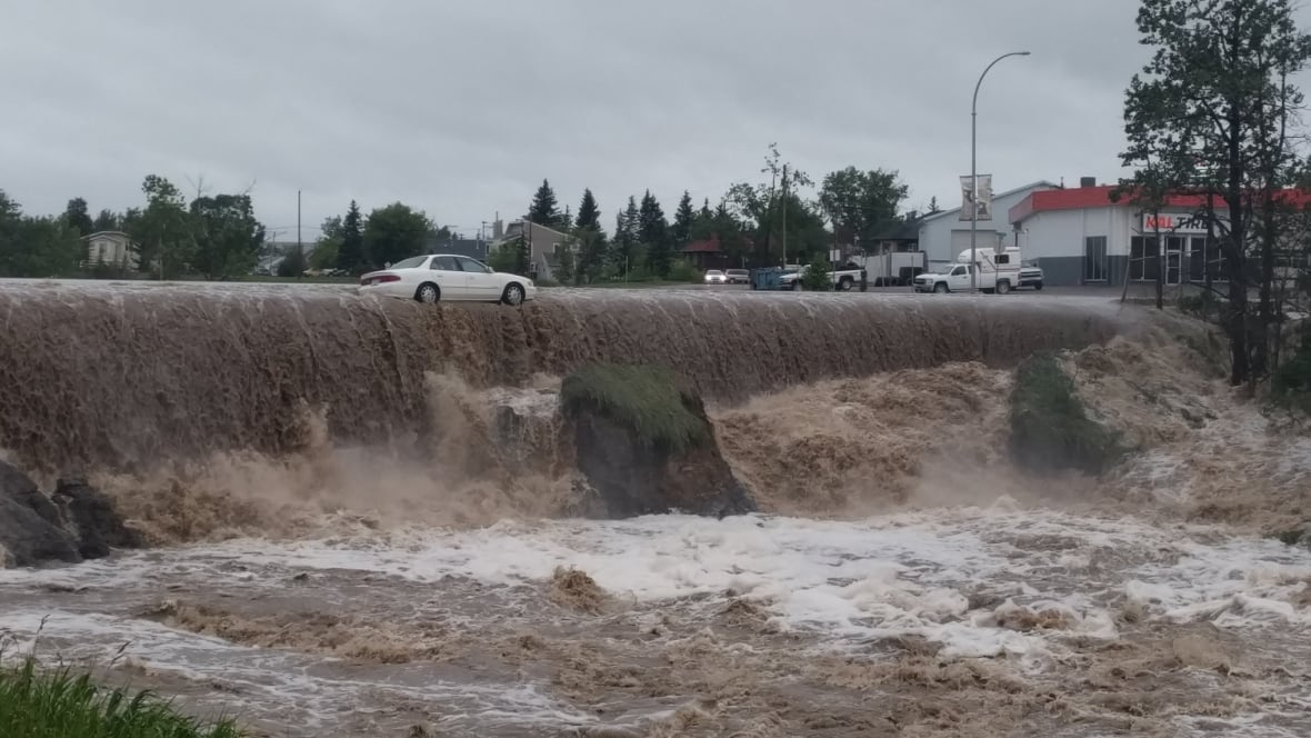 Dawson Creek (BC) Canada  city photo : Flooding triggers evacuations in Dawson Creek, B.C. British Columbia ...