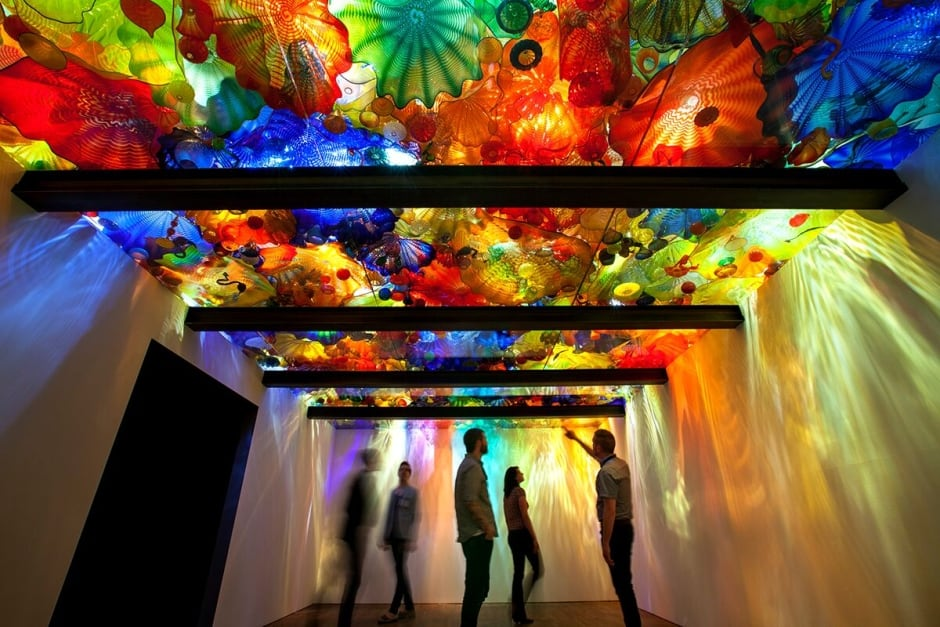 Overwhelmed By Light And Colour Dale Chihuly S Glass Art