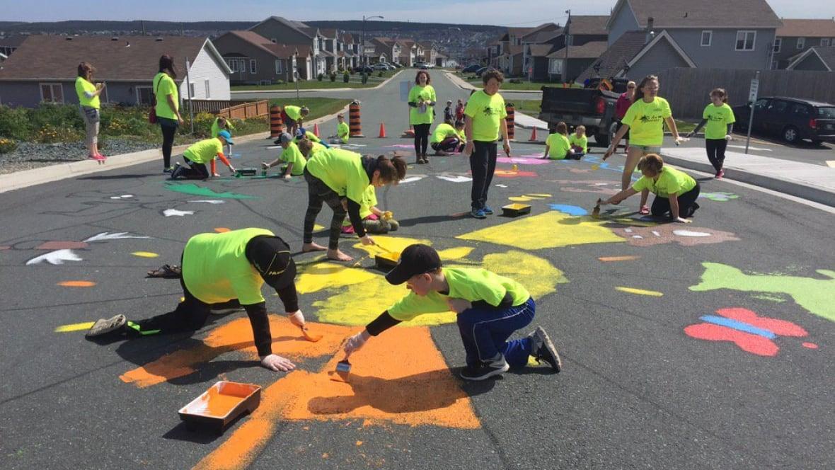 Art as traffic calming: Kids painting school zones in Paradise - CBC.ca