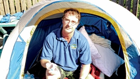 B.C. mayor camping, fasting by highway to raise money for village resource centre