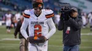 Johnny Manziel's lawyer slams player in errant text to reporter