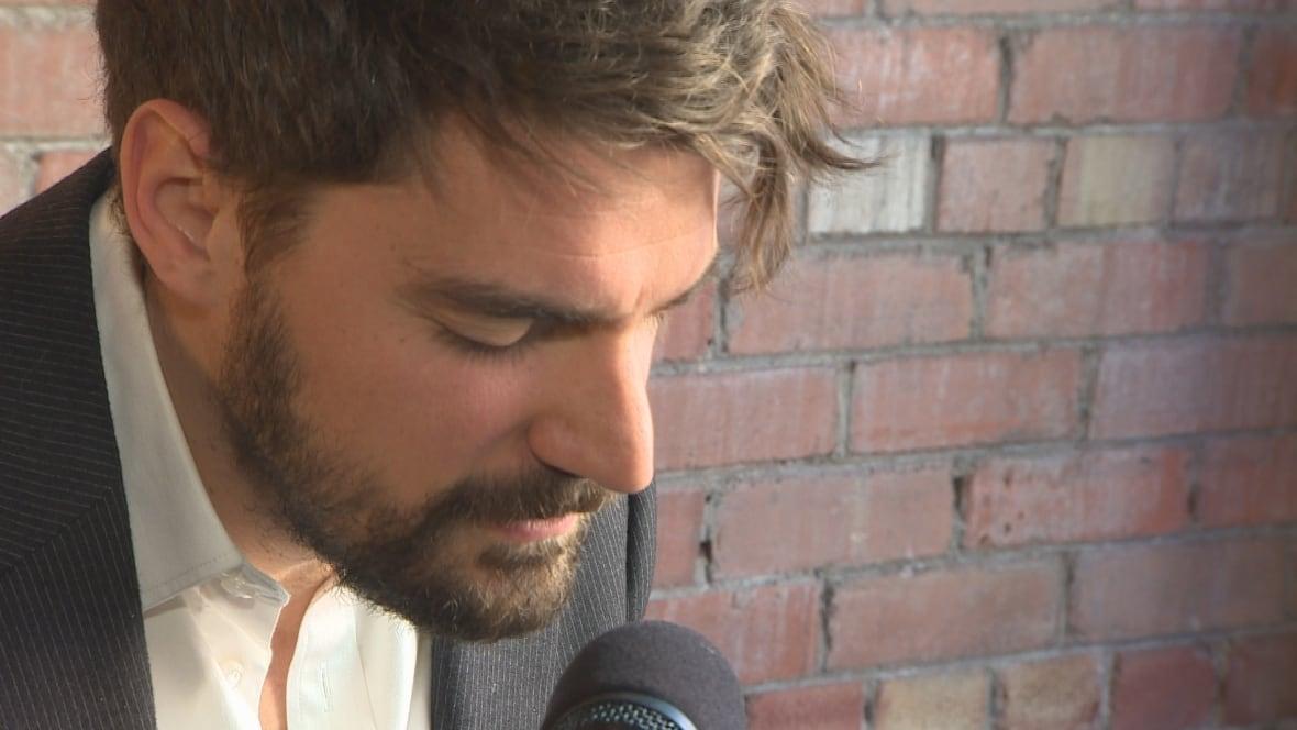 Tim Baker premieres Beaumont-Hamel song White Cross - CBC.ca