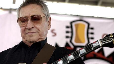 Legendary early rock 'n' roll guitarist Scotty Moore dead at 84