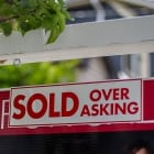 house price for sale sign realtor