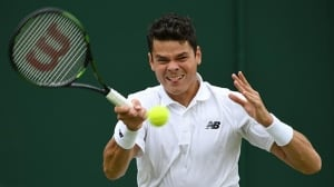 Milos Raonic, Eugenie Bouchard advance to Wimbledon's 3rd round