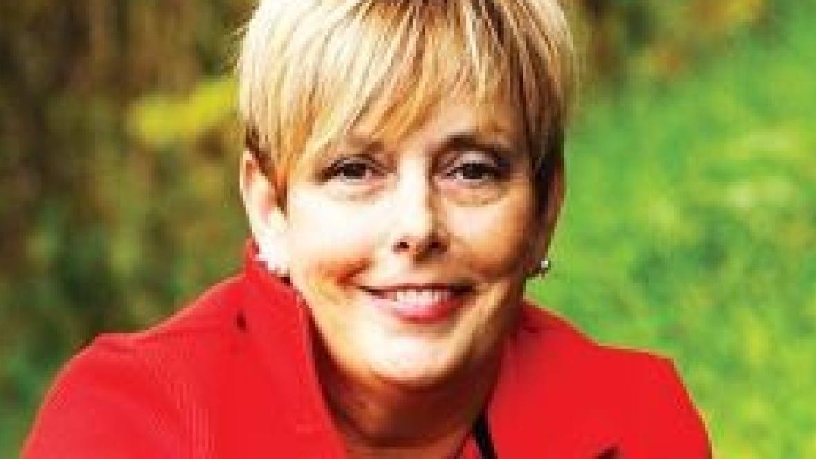 Karen Davidson Net Worth