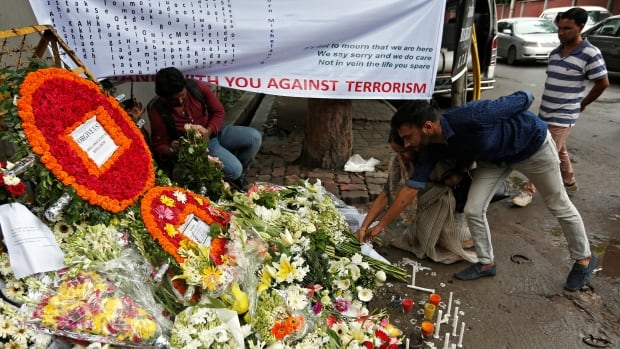 Bangladesh cafe attack 'suspect' dies after 'torture'