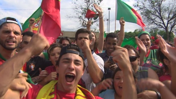 Portugal greeted by thousands of fans after flying home to Lisbon