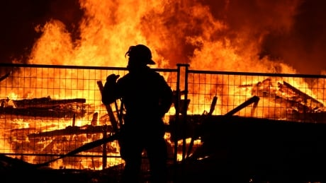 Firefighter wages on agenda when B.C. mayors meet