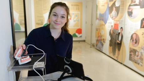 Tongue-controlled computer mouse earns Ontario teen a science prize