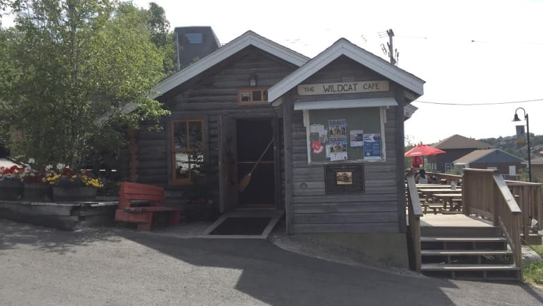 No pickerel no consequences for yellowknife restaurant for Zander credit protection