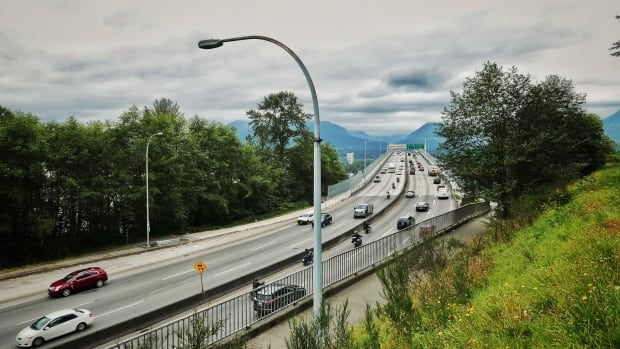 Road pricing best way to reduce vehicle emissions, concludes UBC study | CBC News