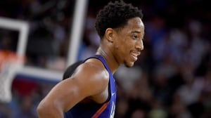DeMar DeRozan almost connects on wild 360 dunk in Olympic tuneup