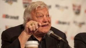 Winnipeg Jets defend choice of Bobby Hull as hall of fame inductee despite 'controversial history'