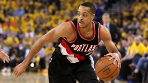 C.J. McCollum signs $106M extension with Blazers