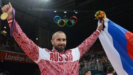Sergei-Tetyukhin-Russia-Flag-Bearer