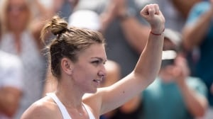 Rogers Cup: Simona Halep reaches final for 2nd straight year