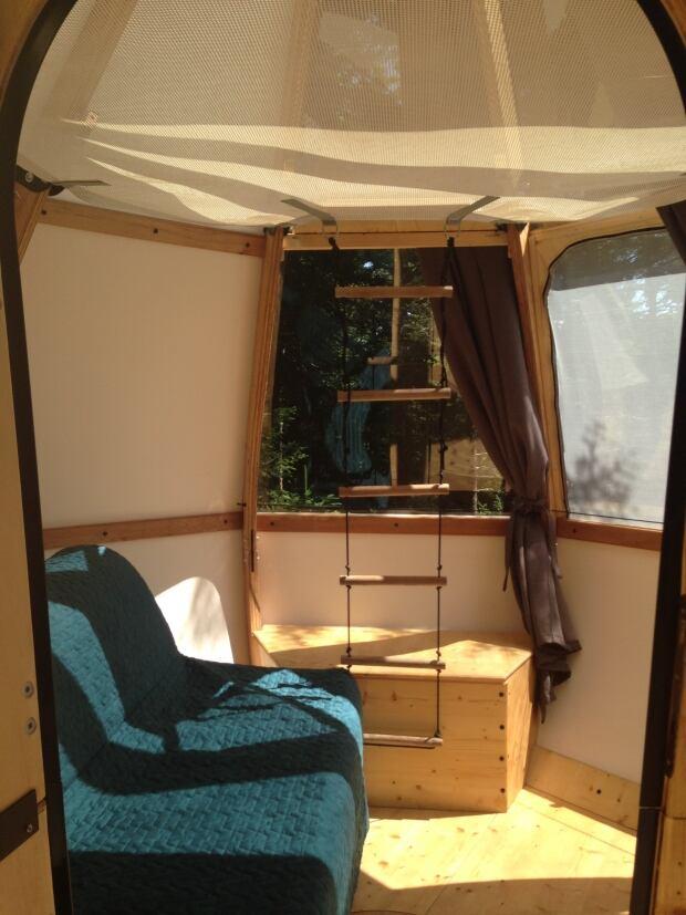 Raindrop Bed Set