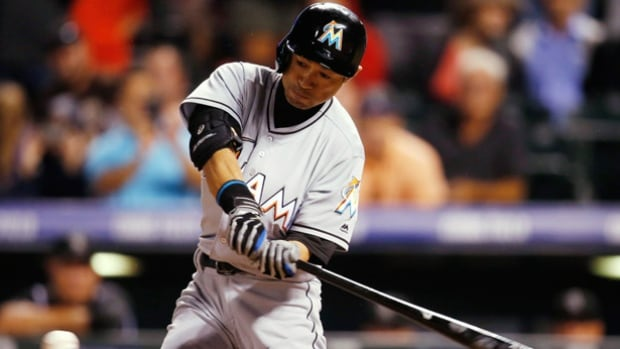 Ichiro triples for 3000th hit