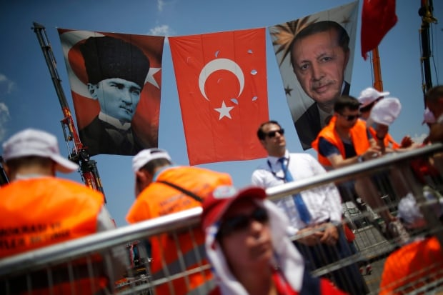 Turkey's Erdogan tells million-strong unity rally
