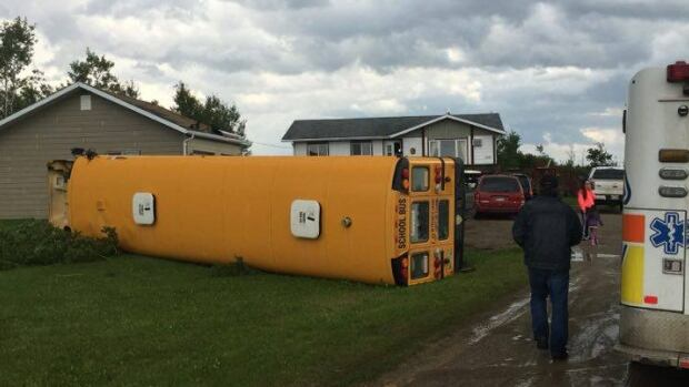 Tornado sends Red Cross to Waywayseecappo First Nation