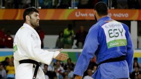 Judo Rio hand shake