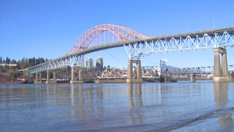 Pattullo Bridge vulnerable to major wind and seismic events, report finds
