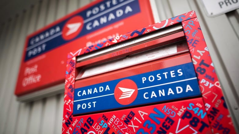 how to call canada post