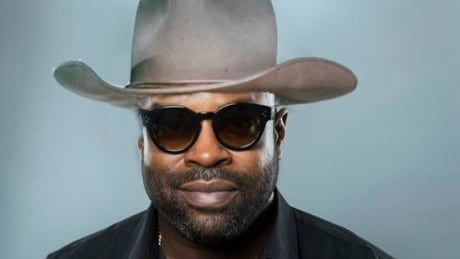 How a Canadian highway became Twitter BFFs with rapper Black Thought