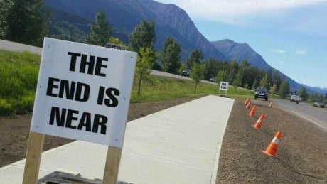 'The end is near': B.C. town bylaw creates 10K 'sidewalk to nowhere'