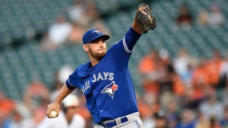 Estrada baffles Orioles, Blue Jays tighten grip on division lead